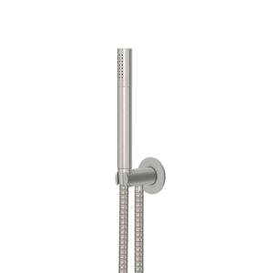 STEINBERG - Sprchová súprava, kartáčovaný nikel (držiak ručnej sprchy s prívodom vody, ručná sprcha, kovová hadica) (100 1670 BN)